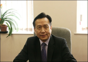 Find out more about Mr Stephen Chung at the Law Society's website